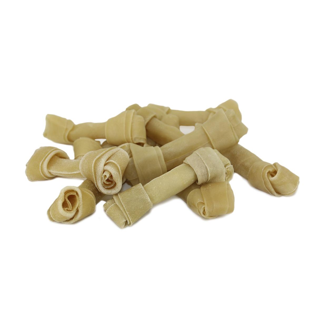 Knoopkluiven zijn natuurlijke en hoogwaardige kauwkluiven.  Geen toevoegingen, zuiver natuurlijk product Ongelooide binnenste huidlaag van runderen (Rawhide) Voor lang kauwplezier. Voor een schoon gebit en ter voorkoming van tandplak. De natuurlijke tandenborstel van je hond. Volledig verteerbaar.