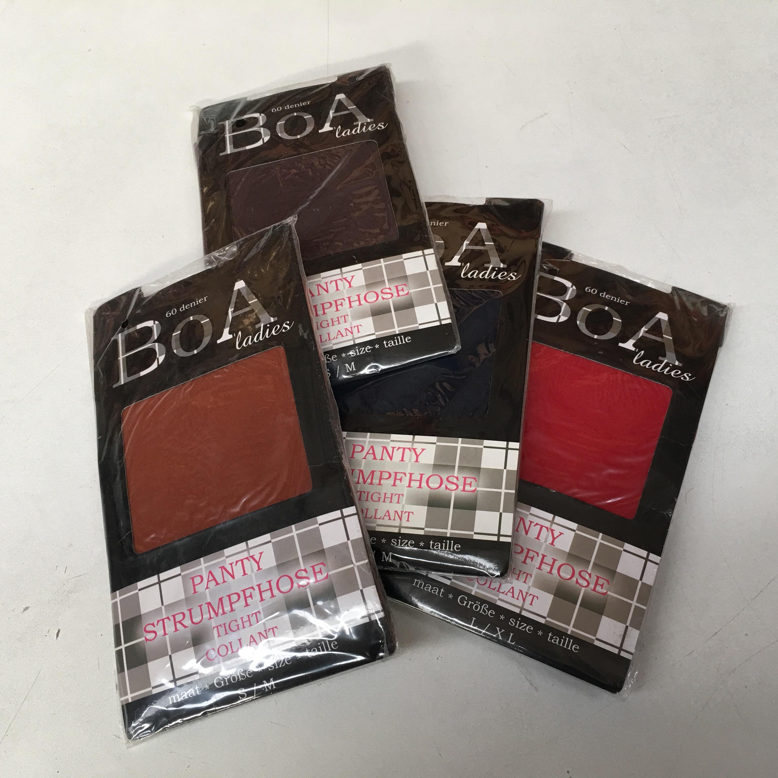 Panties 60 Denier, merk BOA 0,45 cent p.st. Leuke partijtjes voor markt of braderie of in de webshop. Originele advies verkoopprijs is € 9,95 p.st.! In elk pakket a 48 stuks diverse kleuren o.a. bruin, grijs en rood. Maatverdeling: kleur 780: S/M 3 st. L/XL 3 st. kleur 739: S/M 9 st. L/XL 9 st. kleur 700: S/M 6 st. L/XL 6 st. kleur 300: S/M 6 st. L/XL 6 st. Prijzen zijn excl. 21% btw.